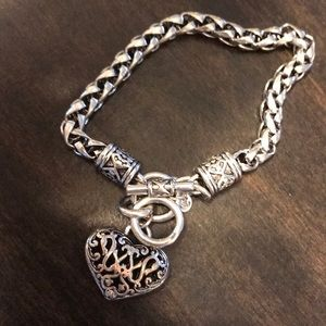 Adorable heart link bracelet!